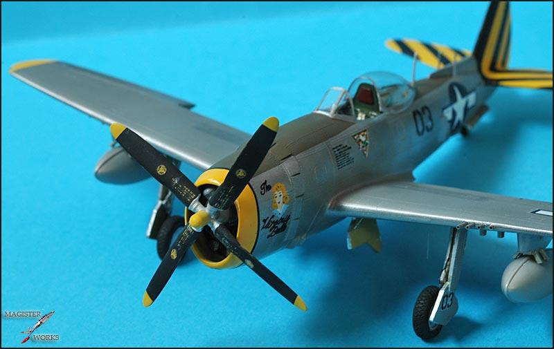 Republic P-47N Thunderbolt Heller 1/72 Photo36